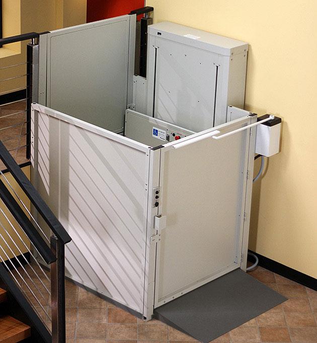 american disabilities act wheelchair elevator vertical platform porchlift vpl3200