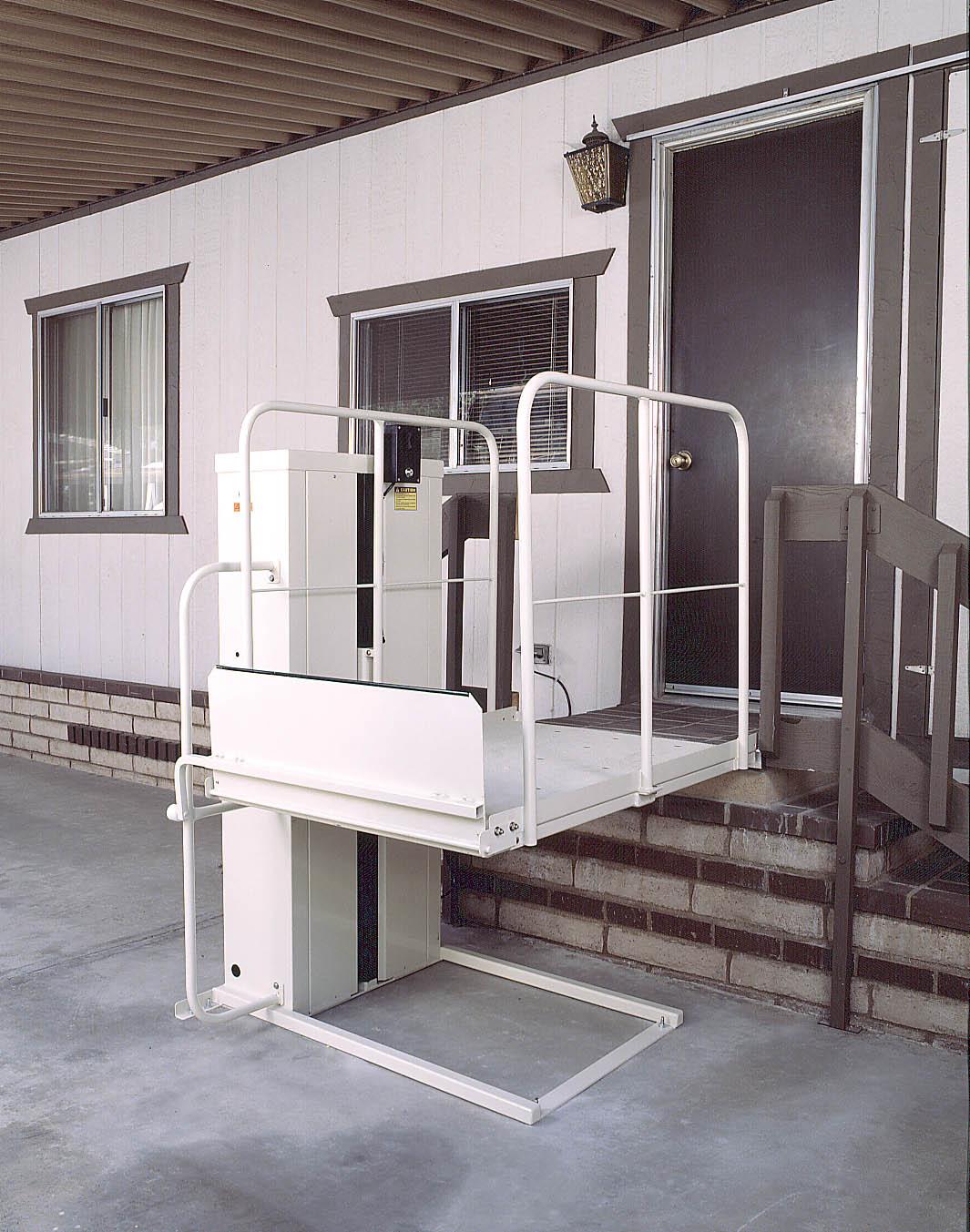 Vista scooter power bruno wheelchairs elevator lift harmar for Home wheelchair